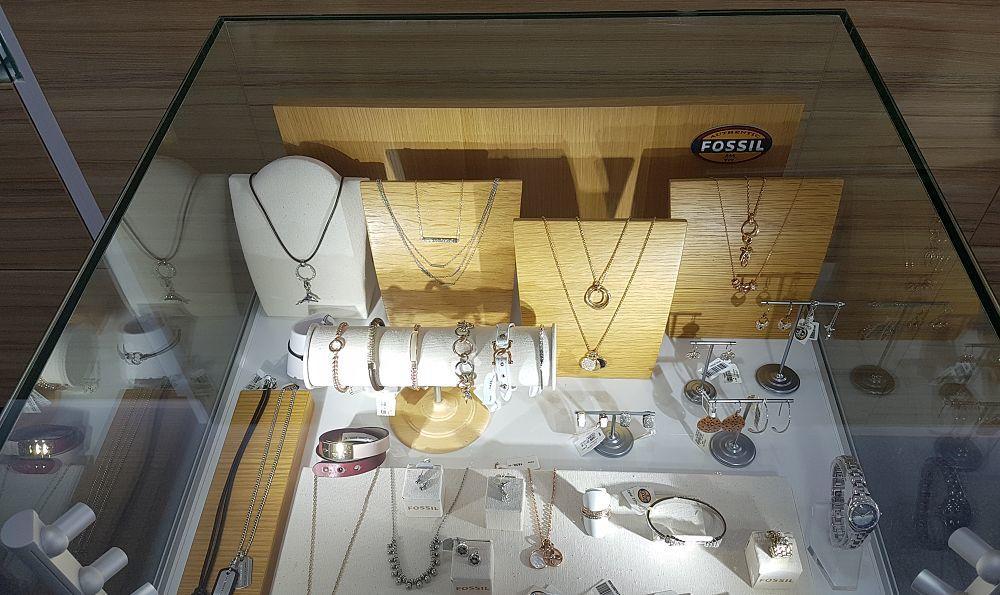 Šperky Fossil mají eleganci a styl