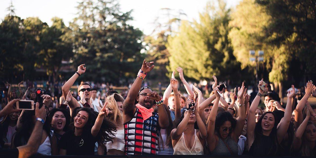Nespoutaná festivalová letní móda