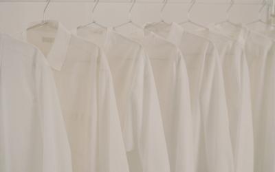 COS Limitovaná kolekce White Shirt Project