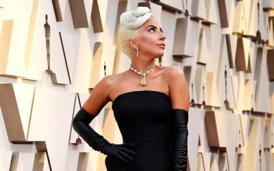 Lady GAGA s Tiffanyho Diamantem na Oscarech
