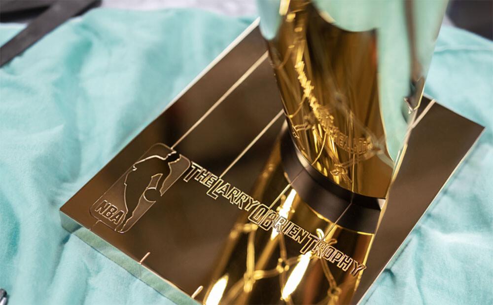 Trofej od Tiffanyho pro vítěze NBA